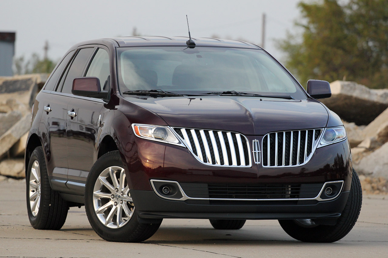 2011-Lincoln-MKX-1